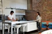 Фото 1 Кухня в стиле лофт: индустриальная романтика в домашнем интерьере, 75 фото