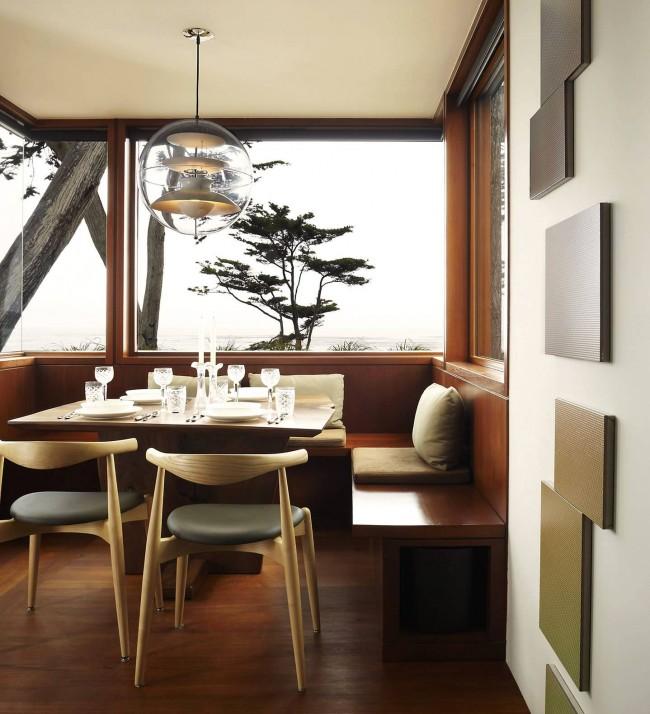 Невероятно стильный кухонный уголок для маленькой кухни частного дома, дизайн которого - ода природе