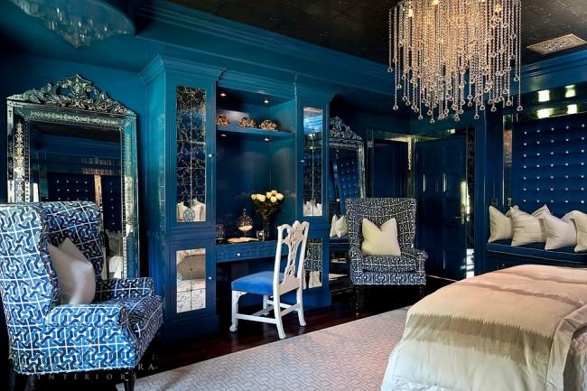 Подвесные роскошные хрустальные шедевры - вечная классика, которая изящно вписывается практически всюду