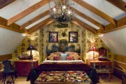 Фото 2 Люстры для спальни: обзор современных и оригинальных моделей в интерьере