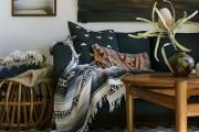 Фото 1 30+ уютных идей накидки на диван для украшения и защиты мебели (фото)