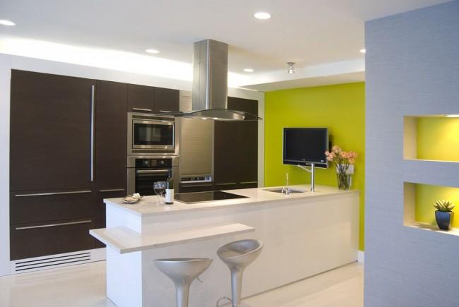 Контрастная лаконичная кухня