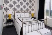 Фото 17 Обои для спальни: как определиться и 50 актуальных трендов для стильного интерьера