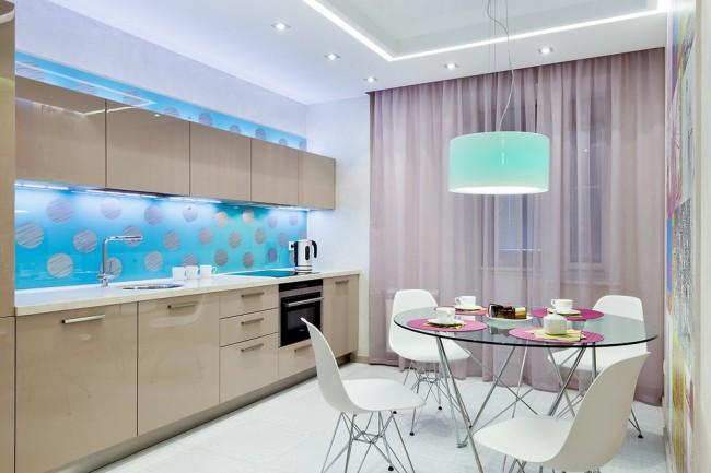 Приглушенно-розовый, сиреневый, фисташковый цвета однотонного тюля могут выгодно оттенить избранные детали в декоре помещения