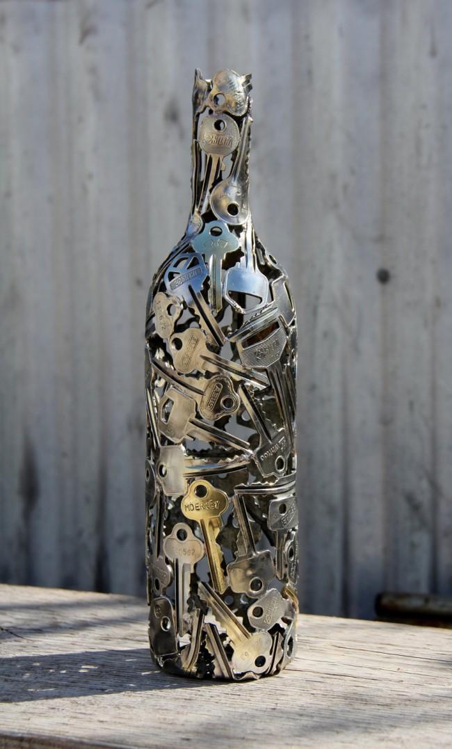 Шикарная отделка винной бутылки ключами