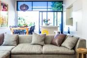 Фото 14 Диван-еврокнижка: как оптимизировать пространство гостиной и 45+ идей для стильного интерьера
