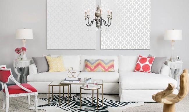 Угловой диван-еврокнижка в интерьере белой гостиной