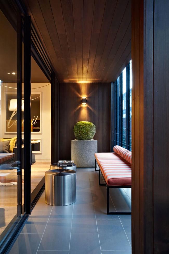Подбирая мебель для балкона, необходимо учесть его микроклимат