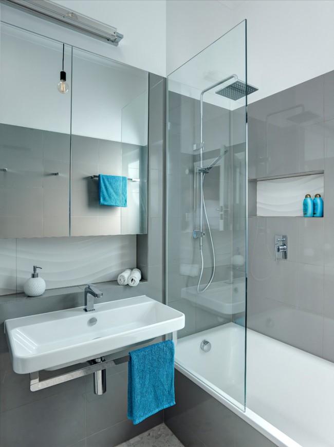 Совмещение ванной и душа поможет угодить всем жильцам квартиры