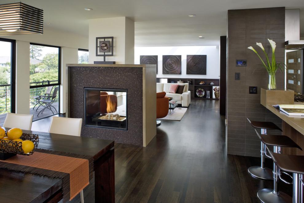 Фото каминов в интерьере кухни