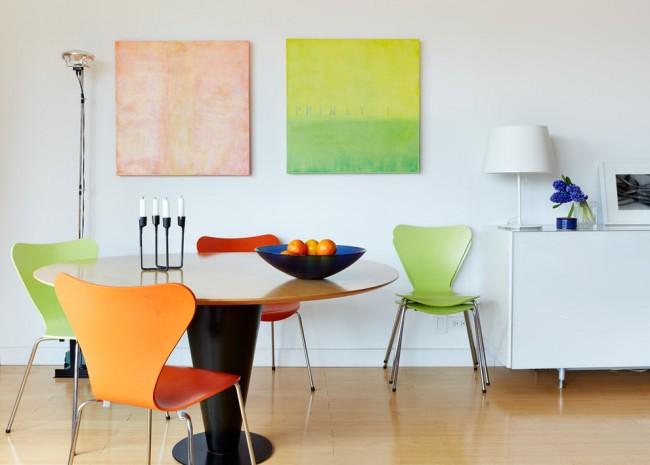 Черный канделябр в интерьере столовой стиля модерн