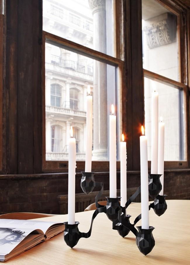 Черный канделябр в современном стиле