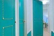 Фото 29 Межкомнатные двери в интерьере: как обновить своими руками и 50+ вдохновляющих идей декора