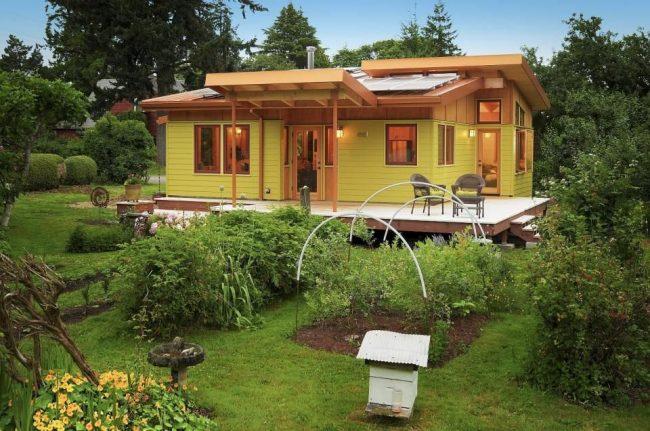 Одноэтажный каркасный дом дачного типа