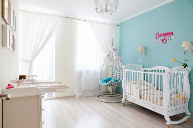 Плетеное подвесное кресло в детской