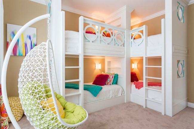 Удобный вариант закрепления подвесного кресла не на потолке, а на ножке-подставке