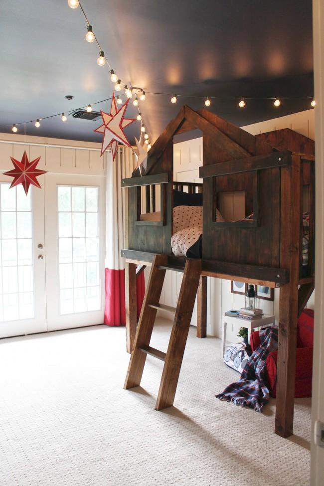 Гирлянда из ламп в интерьере детской комнаты