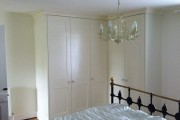 Фото 20 Угловой шкаф в спальню: обзор современных моделей в интерьере и рекомендации по выбору