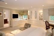 Фото 1 Угловой шкаф в спальню: обзор современных моделей в интерьере и рекомендации по выбору