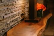 Фото 2 Декоративный камень в интерьере: как привнести в дом уют и все тонкости облицовки