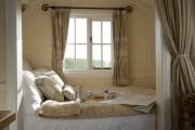 Фото 24 Дизайн маленькой спальни: правила декора и 40+ универсальных интерьерных решений