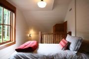 Фото 31 Дизайн маленькой спальни: правила декора и 40+ универсальных интерьерных решений