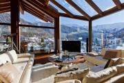 Фото 12 Дома в стиле шале: 55 лучших воплощений эстетики Альп в интерьере