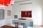 Фото 16 Кухни красного цвета: 50 самых трендовых и сочных решений для тех, кто не боится экспериментировать
