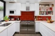Фото 24 Кухни красного цвета: 50 самых трендовых и сочных решений для тех, кто не боится экспериментировать