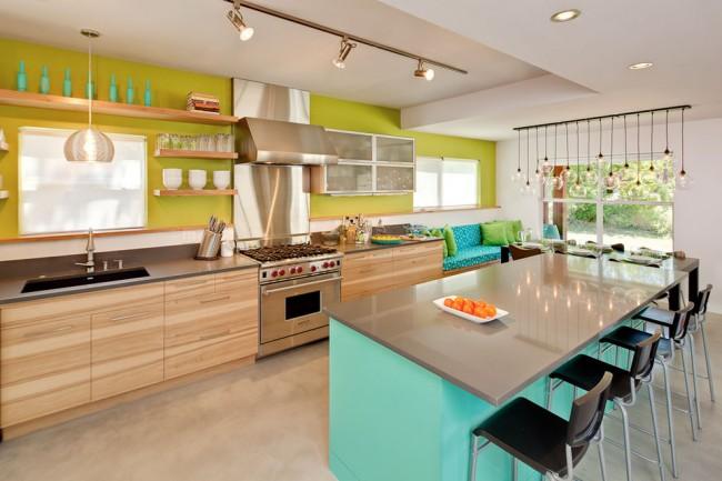 Мебель бирюзового цвета хорошо сочетается с зеленой стеной
