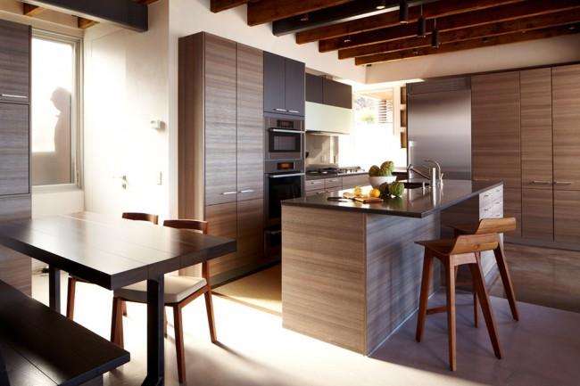 В стиле модерн наиболее часто используется четкость форм и линий, а также сверкающие поверхности