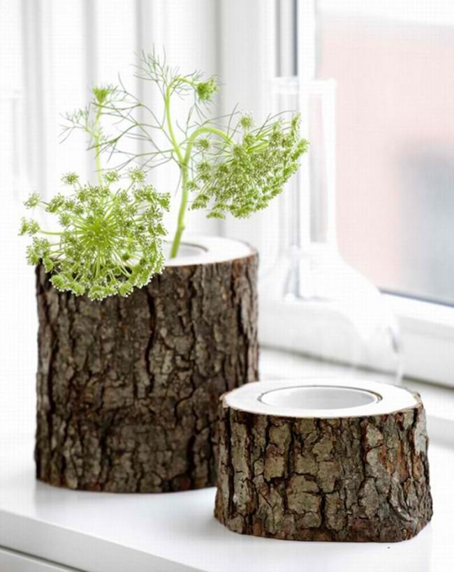 Настоящая древесная кора очень колоритно украсит веранду или прихожую дома