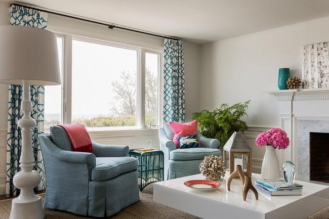 Быстро и с минимальными затратами освежить интерьер вашей гостиной комнаты помогут шторы, вы удивитесь как они могут преобразить помещение