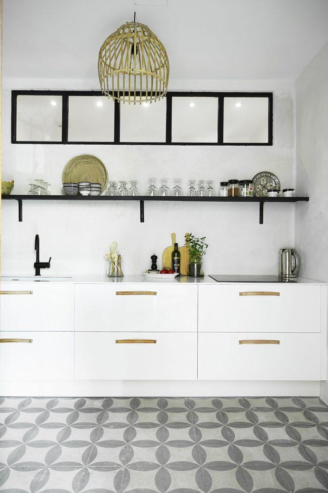 Практичный серый цвет плитки удобен в ухаживании
