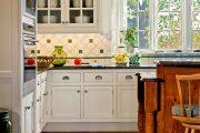 Фото 18 Как выбрать плитку на кухонный пол: обзор лучших интерьерных решений и советы специалистов
