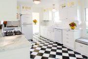 Фото 1 Как выбрать плитку на кухонный пол: обзор лучших интерьерных решений и советы специалистов
