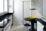 Фото 2 Как выбрать плитку на кухонный пол: обзор лучших интерьерных решений и советы специалистов