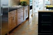 Фото 6 Плитка на кухне: 45 изящных и функциональных вариантов отделки пола