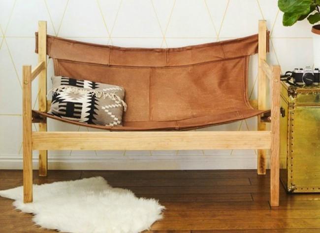Кожаный диван-гамак с деревянным каркасом