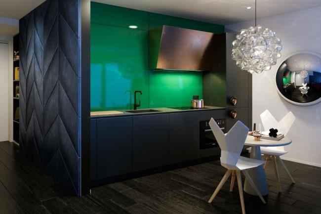 Эксперименты британского дизайнера Тома Диксона с цветом и светом для новопостроенного роскошного жилого комплекса в Лондоне