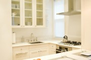 Фото 2 Угловой кухонный гарнитур: преимущества, конфигурации и обзор 50 лучших вариантов для дома