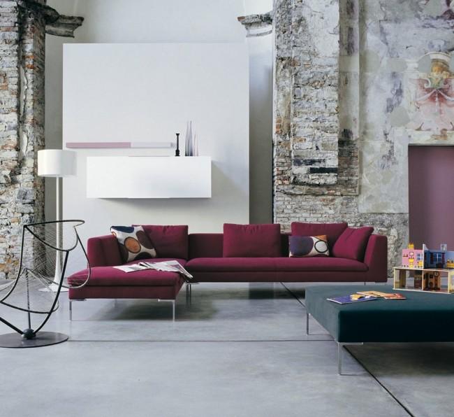 Итальянская мебель является одним из мировых лидеров промышленного дизайн, такие диваны комфортные и пользуются большим спросом у покупателей
