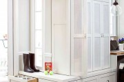 Фото 26 Угловые шкафы в прихожую: как оптимально задействовать пространство и 45+ лучших реализаций в интерьере