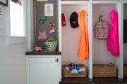 Фото 7 Угловые шкафы в прихожую: как оптимально задействовать пространство и 45+ лучших реализаций в интерьере