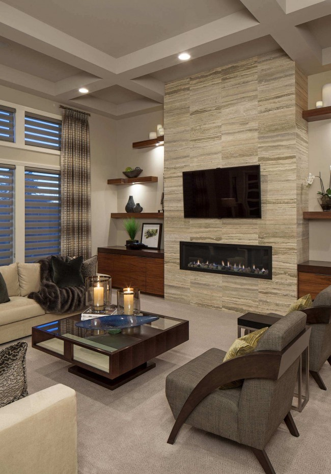 Необычная модульная стенка со встроенным телевизором и камином в небольшой гостиной