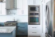 Фото 1 Бело-голубая кухня: как гармонизировать интерьер и 105 беспроигрышных вариантов оформления
