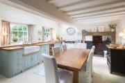 Фото 8 Бело-голубая кухня: как гармонизировать интерьер и 85 беспроигрышных вариантов оформления
