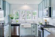 Фото 10 Бело-голубая кухня: как гармонизировать интерьер и 105 беспроигрышных вариантов оформления