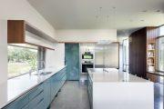 Фото 38 Бело-голубая кухня: как гармонизировать интерьер и 85 беспроигрышных вариантов оформления