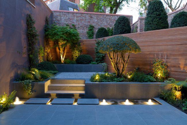 Даже небольшой сад может быть стильным и очень уютным